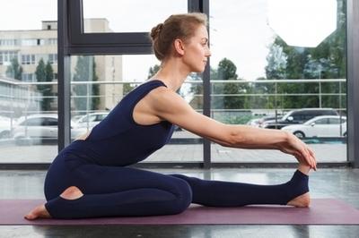 自宅で筋肉トレーニング!ダイエットにも効果的 NOA ONLINE YOGA & FITNESS