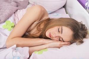 なかなか寝付けない...ヨガで不眠を解消しよう|NOA ONLINE YOGA & FITNESS